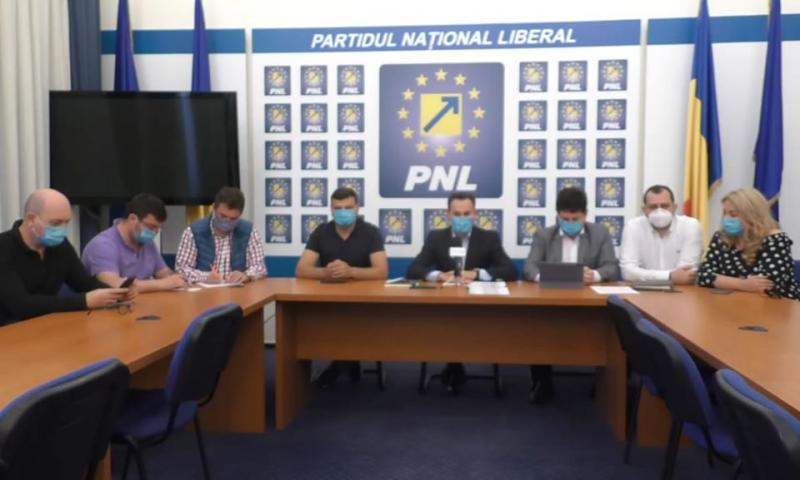 Legea care simplifică atragerea fondurilor europene; Iustin Cionca va fi preşedintele regiunii de vest
