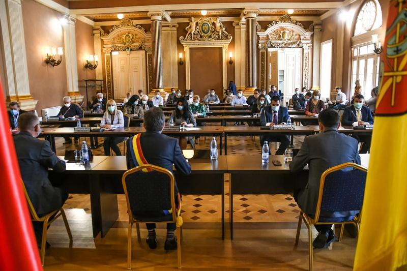 30 de puncte pe ordinea de zi a Consiliului Local. Ce proiecte s-au mai votat pentru Arad