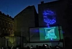 """Două filme de succes rulează în grădina de vară de la """"Arta"""""""