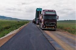 În Arad s-au reabilitat peste 350 de kilometri de drumuri judeţene în ultimii  patru ani