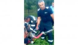 Tânăr de 13 ani din Sebiș, salvat de pompieri după ce și-a prins piciorul într-un motocultor