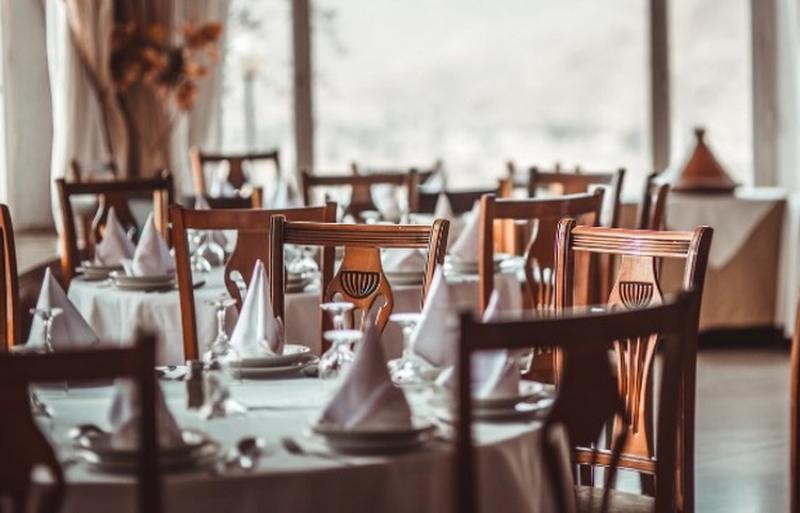 Se redeschid restaurantele în interior. Vezi care e data stabilită
