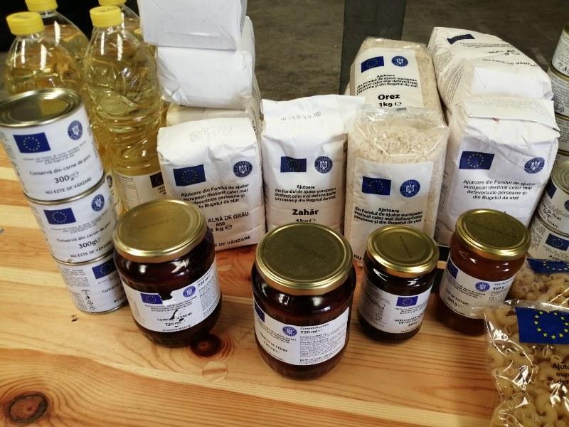Începe distribuirea ajutoarelor alimentare de la Uniunea Europeană