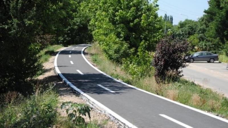 Pistă de biciclete transfrontalieră pe malul râului Mureș în județele Arad și Csongrad