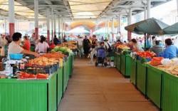 Sancţiuni şi măsuri dispuse în urma unui control fulger în Piaţa Catadralei