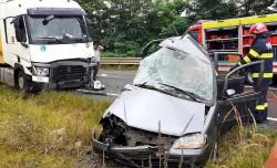 Accident grav la Vărădia de Mureş, două persoane decedate. DN.7 Blocat pe un sens de mers