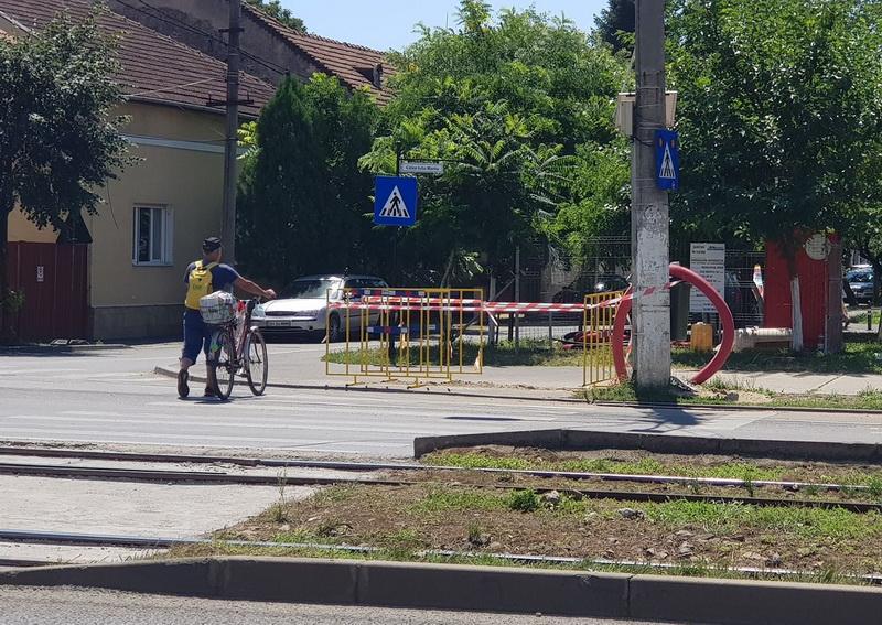 Se montează semafoare pe Calea Iuliu Maniu după două accidente mortale pe trecerea de pietoni