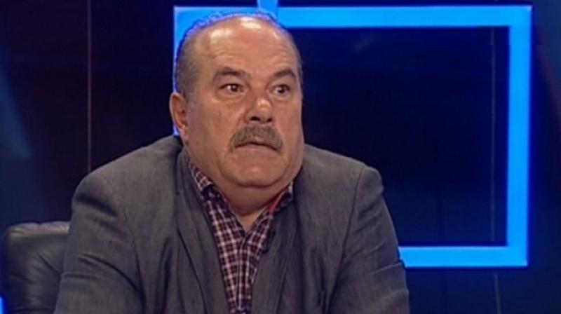 """Din ciclul: """"Ciolaniada"""", traseistul politic Calimente îi """"pupă inelul"""" lui Fifor"""