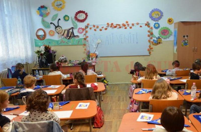 În perioada 1 – 4 septembrie 2020, elevii vor fi repartizați în clasa pregătitoare prin tragere la sorți
