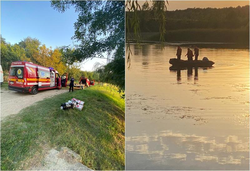 Pompierii alertaţi duminică seara de dispariţia unui bărbat în balta Măltăreț din pădurea Ceala