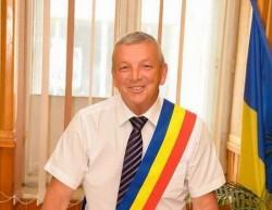 Lovitură pentru Fifor şi PSD Arad! Primarul Lipovei nu are voie să candideze!