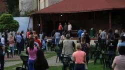 Încă o săptămână de bucurii teatrale în aer liber, la Arad