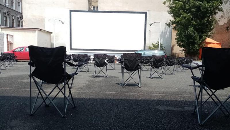 """Grădina de vară a cinematografului """"Arta"""" îi așteaptă pe cinefili și în acest week-end cu două proiecții speciale"""