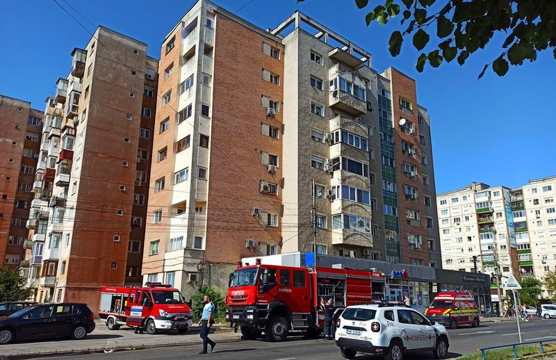 Incendiu la un apartament la Foruna în Vlaicu