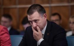 (A) Ce este bun pentru Dragnea, Dăncilă și Ciolacu este rău pentru Arad!