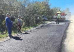 A fost reluată asfaltarea la Cuied, Cionca a trimis în control toată conducerea Direcției Tehnice!
