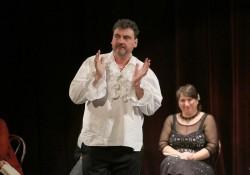 Emoție și versuri într-o întâlnire teatrală de suflet