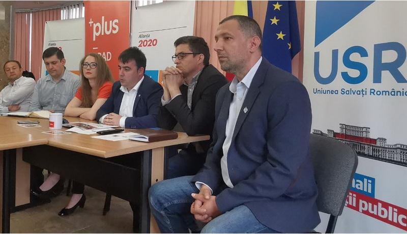 Scandal în Alianţa USR-Plus Arad pentru listele de parlamentari. Wiener fuge de la Senat la Camera Deputaţilor
