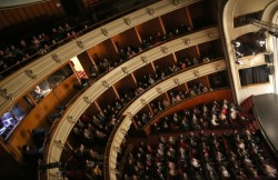 """Spectacole suspendate la Teatrul Clasic """"Ioan Slavici"""" Arad"""