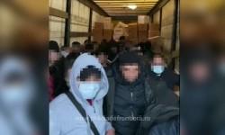 Record de migrant depistaţi la vama Nădlac ascunşi în mijloace de transport