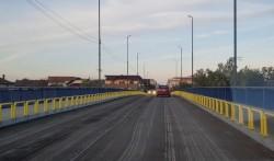 Primăria nu a dorit să recepționeze asfaltul vălurit de pe Podul Decebal și i-a cerut constructorului să refacă lucrarea