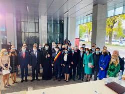 Noul Consiliu Judeţean Arad s-a constituit sâmbătă în prezenţa premierului Ludovic Orban