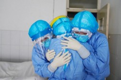 Nou Record de infectări! 6.546 de cazuri noi la nivel naţional şi 197 în Arad! Record şi la ATI: 917!