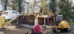 Cabană construită ilegal pe Insula a 3-a, a fost demolată de Primărie