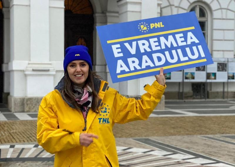 """Patricia Dinga, cel mai tânăr consilier arădean, merge în Parlament: """"Lucrurile trebuie să se simplifice, pentru a reuși să dezvoltăm România și să depășim nesfârșita perioadă de tranziție!""""(P)"""