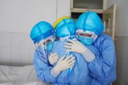 Al doilea record negativ la infectări! Petse 8600 de cazuti şi 146 decese!