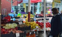 Toate cele 52 de pieţe agroalimentare din judeţ sunt deschise pentru producători şi arădeni (P)