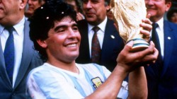 Maradona  a încetat din viaţă miercuri, la vârsta de 60 de ani!