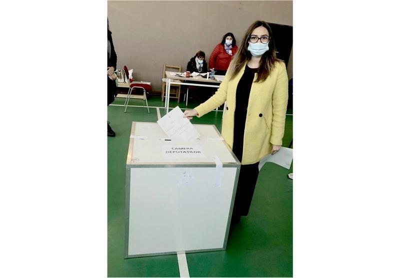 """Patricia Dinga: """"Am votat pentru a oferi o şansă generaţiei schimbării"""""""