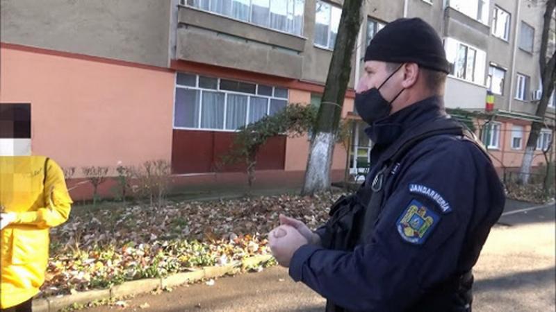 Confirmat pozitiv, un bărbat din Ineu a plecat din carantină însă a fost depistat de jandarmi