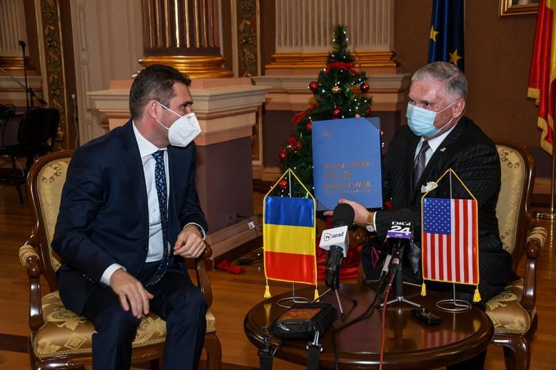 Primarul Călin Bibarț s-a întâlnit la Arad cu Ambasadorul SUA în România