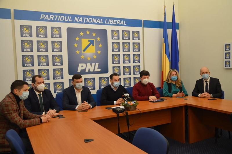"""Gheorghe Falcă: """"2021 va fi anul soluțiilor și speranței"""""""