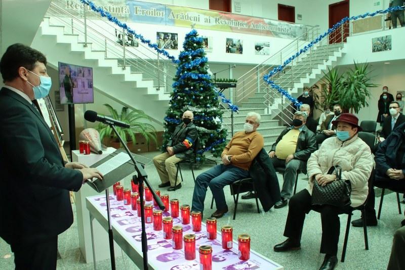 Amplu eveniment de comemorare a eroilor Revoluției din 1989 la Consiliul Județean Arad