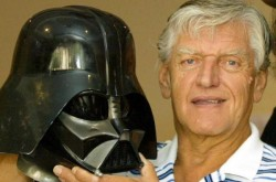 Actorul care i-a dat viață celebrului personaj Darth Vander, a murit
