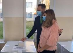"""Gheorghe Falcă: """"Este o mare oportunitate pentru România, vă aşteptăm la vot!"""""""
