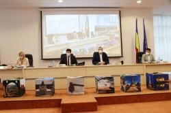 Realocare de fonduri la Ineu: încă 300.000 de lei pentru asfaltarea străzilor din Mocrea