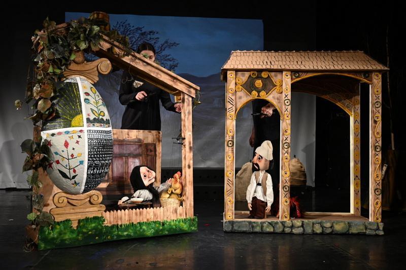 """Trupa Marionete vă invită la premieră: """"Punguța cu doi bani"""""""