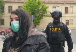 Adepta ISIS din Nădlac, mama a trei copii, condamnată la închisoare pentru propagandă teroristă