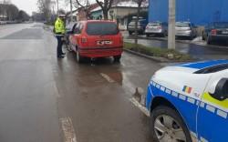 44 de sanţiuni în valoare de 9530 lei în doar două ore au aplicat miercuri poliţiştii arădeni