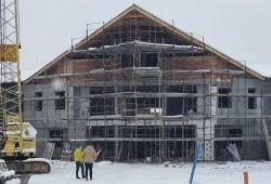 Se lucrează și iarna la noul Spital de Psihiatrie de la Căpâlnaș