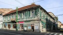 Consiliul Județean vrea să preia Teatrului Vechi (Hirschl) din Piaţa Avram Iancu!