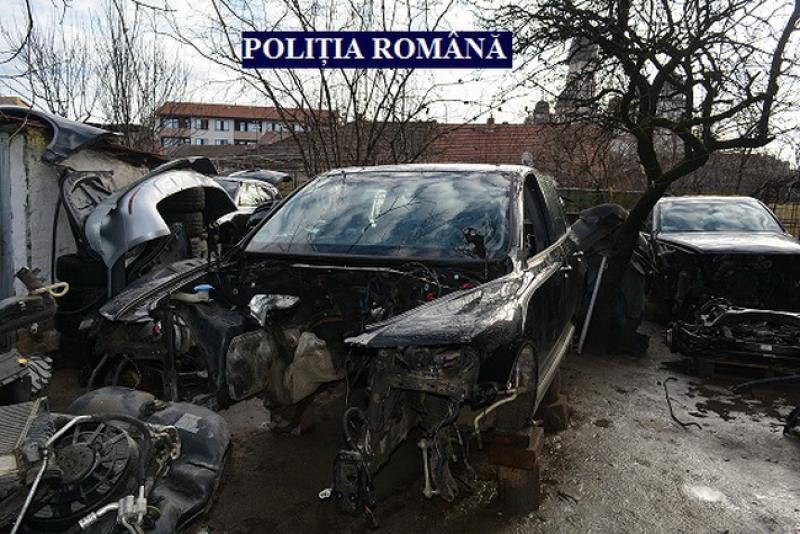 Maşină furată în Timiș, găsită de polițiștii arădeni