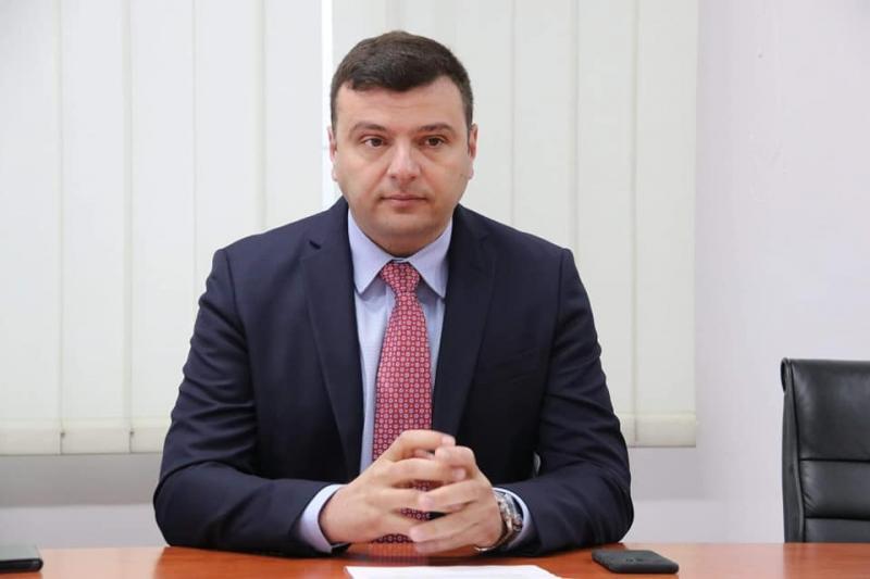 Interpelare pentru a rezolva deficitul de personal DSP Arad destinat triajului din vămi