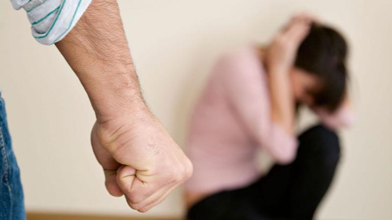 Alcoolul, bată-l vina!Cercetați pentru violență în familie