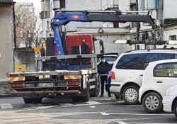 Poliția Locală Arad pune la dispoziția arădenilor numărul de contact  0257-939 pentru sesizările privind mașinile ridicate!