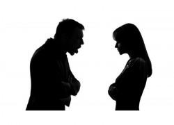 Pe fondul geloziei, un arădean și-a amenințat concubina cu moartea